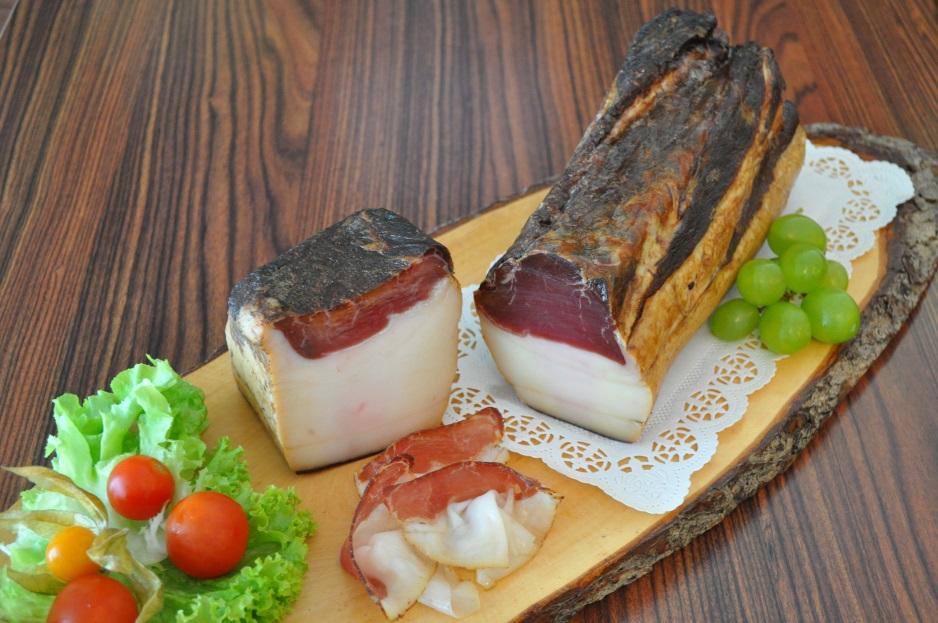 Speck auf Jausenbrett - Produkt von der Fleischerei Feiertag